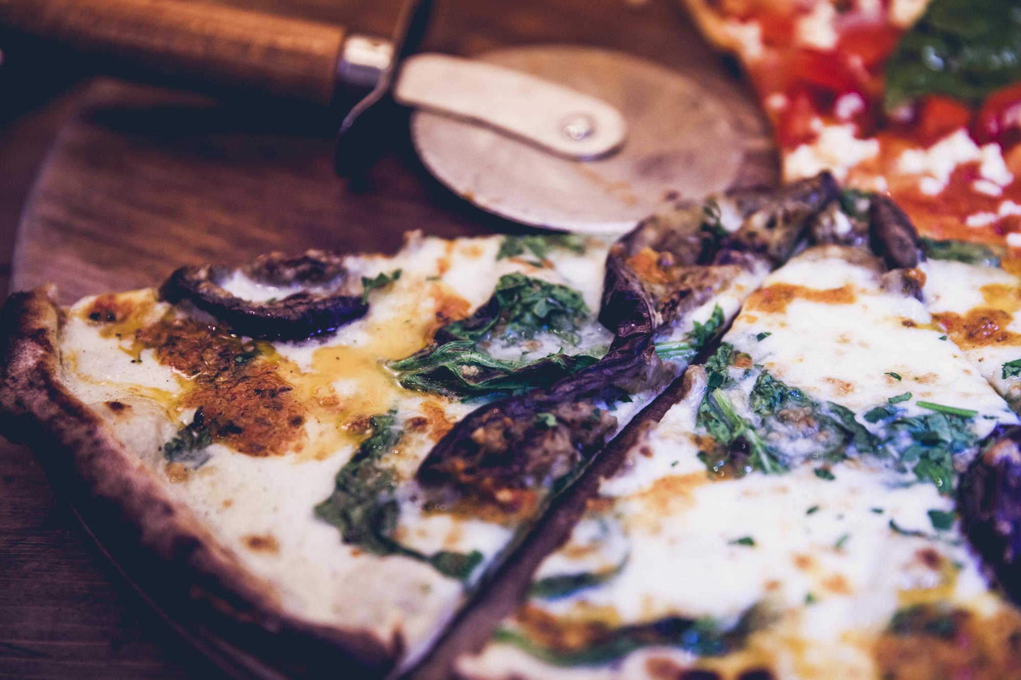 Restaurant Review Homeslice Pizza Tnt Magazine