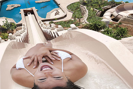 Top 5 Water Parks From Dubai S Shark Infested Aquaventure