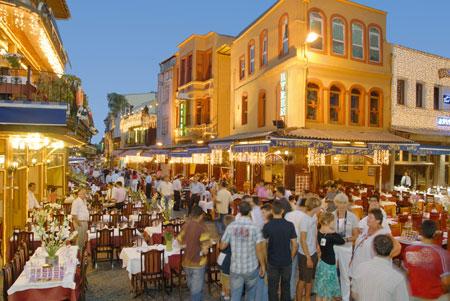 explore travel istanbul