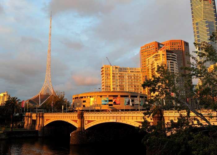 5.2 earthquake rocks Melbourne - TNT Magazine