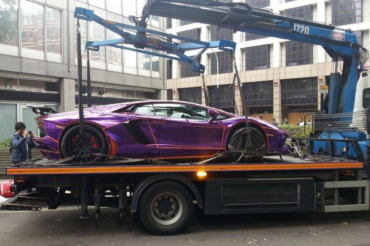Qatari playboy royal's Lamborghini goes on display outside ...