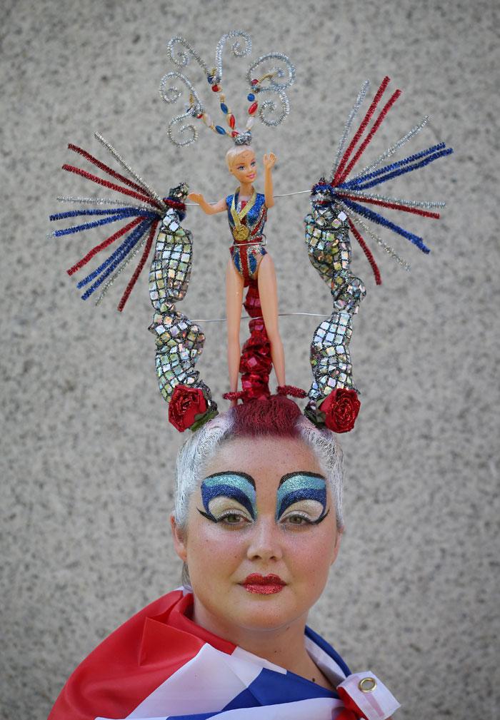 london 2012  olympic tribute hair sculpture honours team